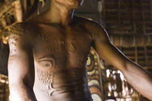 La escarificación entre los maoríes y los korogos